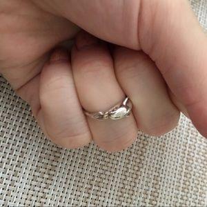 Jewelry - Dolphin toe ring